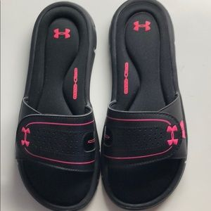 under armour wore once in home